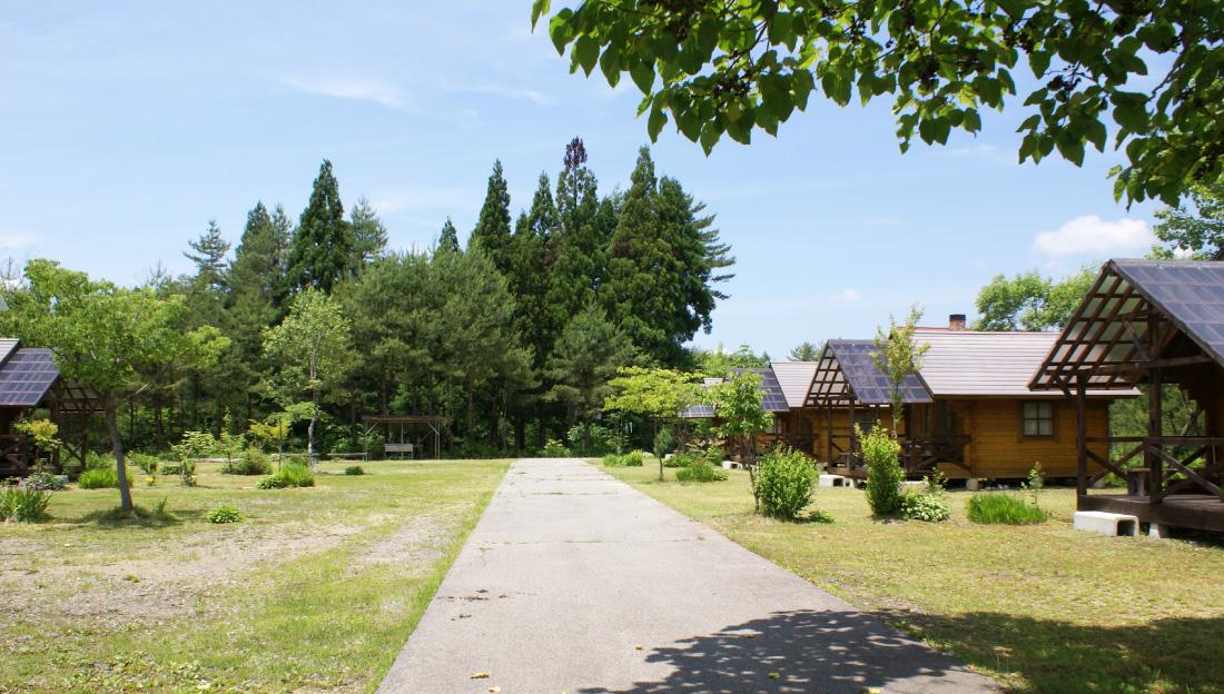アミーゴバンガロー村|N.A.O.明野高原キャンプ場&貸別荘